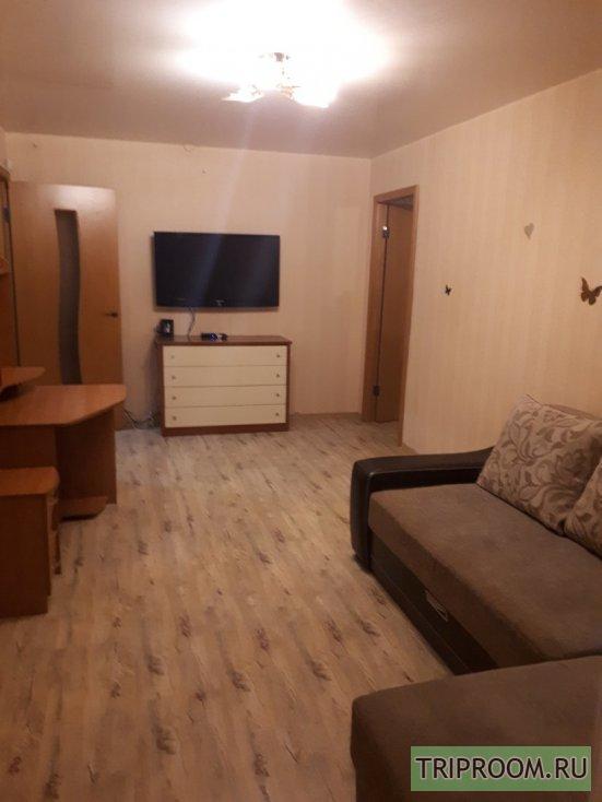 2-комнатная квартира посуточно (вариант № 61672), ул. 5 Армии, фото № 1
