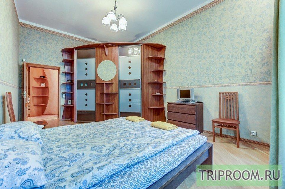 4-комнатная квартира посуточно (вариант № 55589), ул. Невский проспект, фото № 8