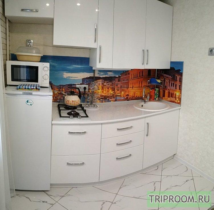 1-комнатная квартира посуточно (вариант № 1052), ул. Октябрьской Революции проспект, фото № 9