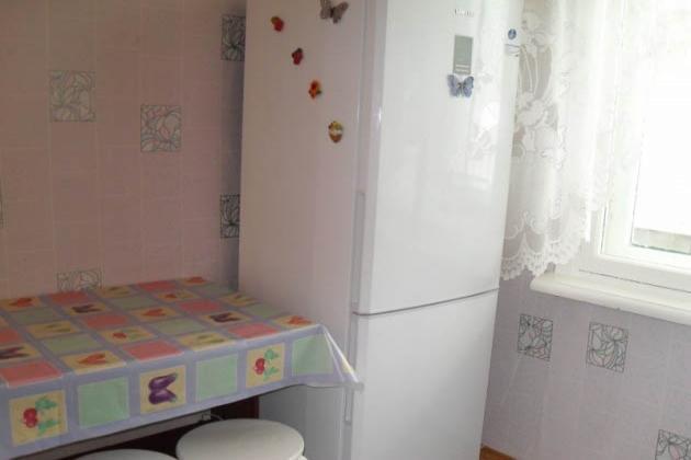 1-комнатная квартира посуточно (вариант № 502), ул. Каниболотского улица, фото № 3