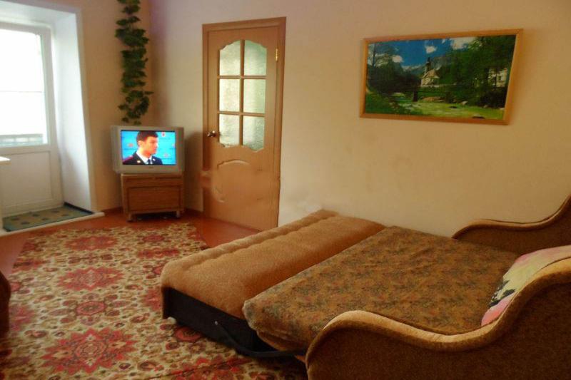 3-комнатная квартира посуточно (вариант № 500), ул. 40 лет Октября улица, фото № 2