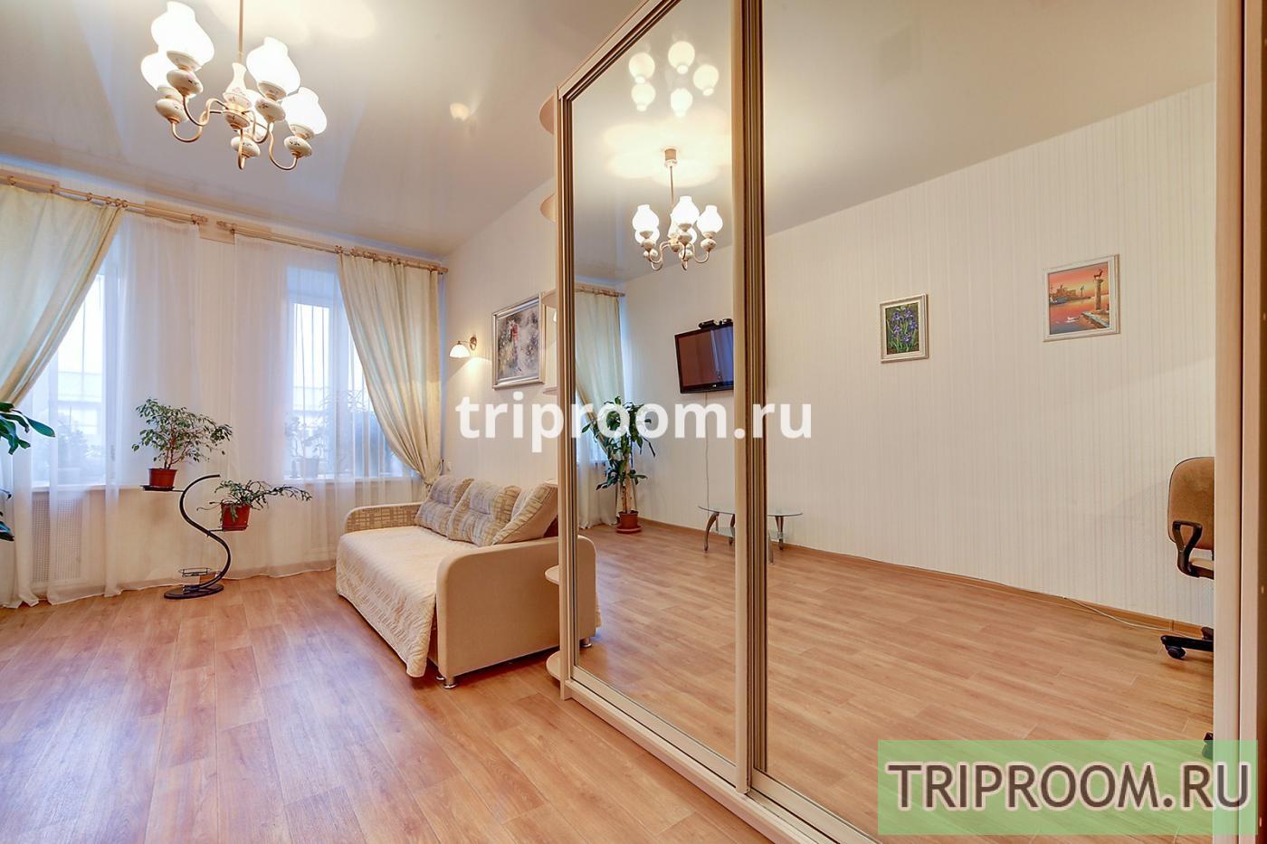 2-комнатная квартира посуточно (вариант № 15459), ул. Адмиралтейская набережная, фото № 3