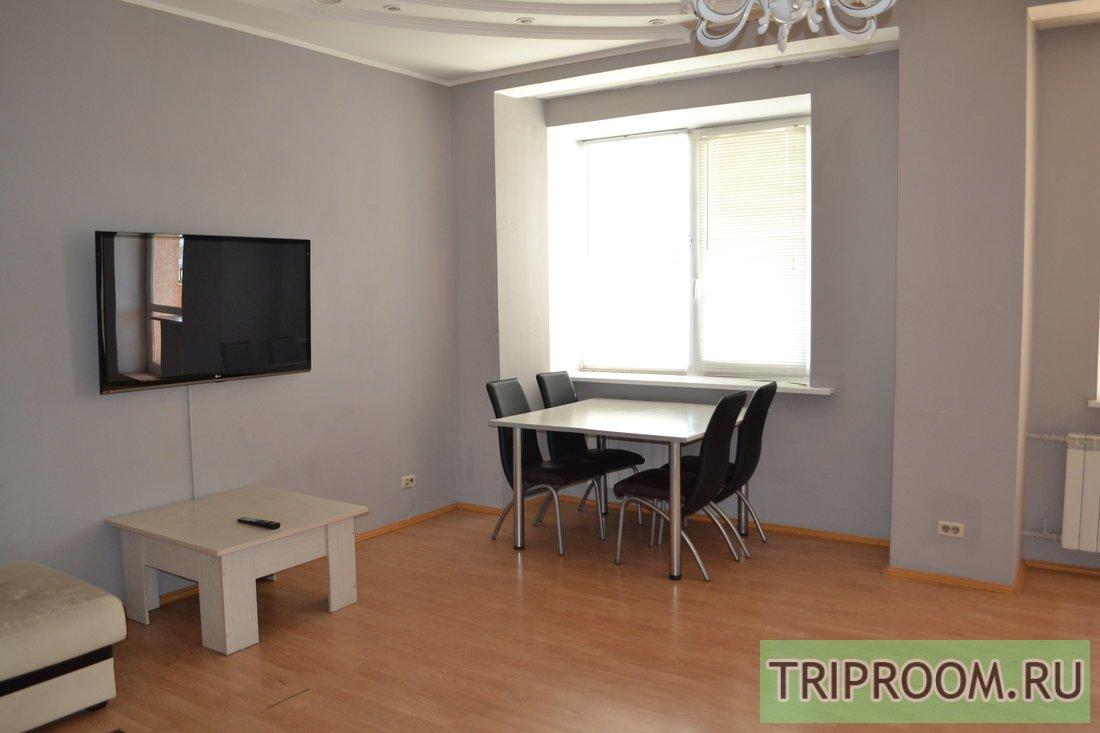 3-комнатная квартира посуточно (вариант № 56230), ул. Кирова улица, фото № 2