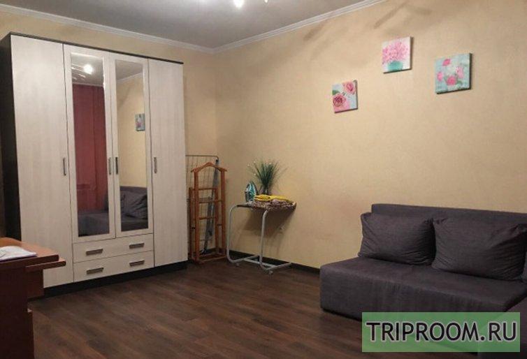 1-комнатная квартира посуточно (вариант № 45863), ул. Бажова улица, фото № 1