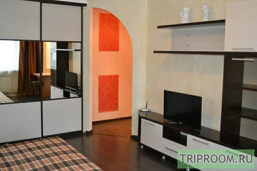 1-комнатная квартира посуточно (вариант № 16400), ул. Пархоменко улица, фото № 1