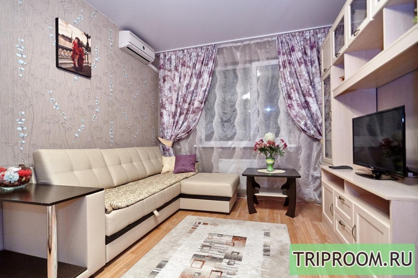 1-комнатная квартира посуточно (вариант № 6860), ул. Соколова улица, фото № 1