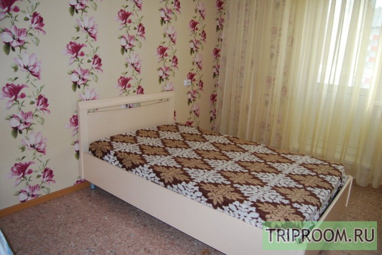 1-комнатная квартира посуточно (вариант № 47648), ул. Караульная улица, фото № 1