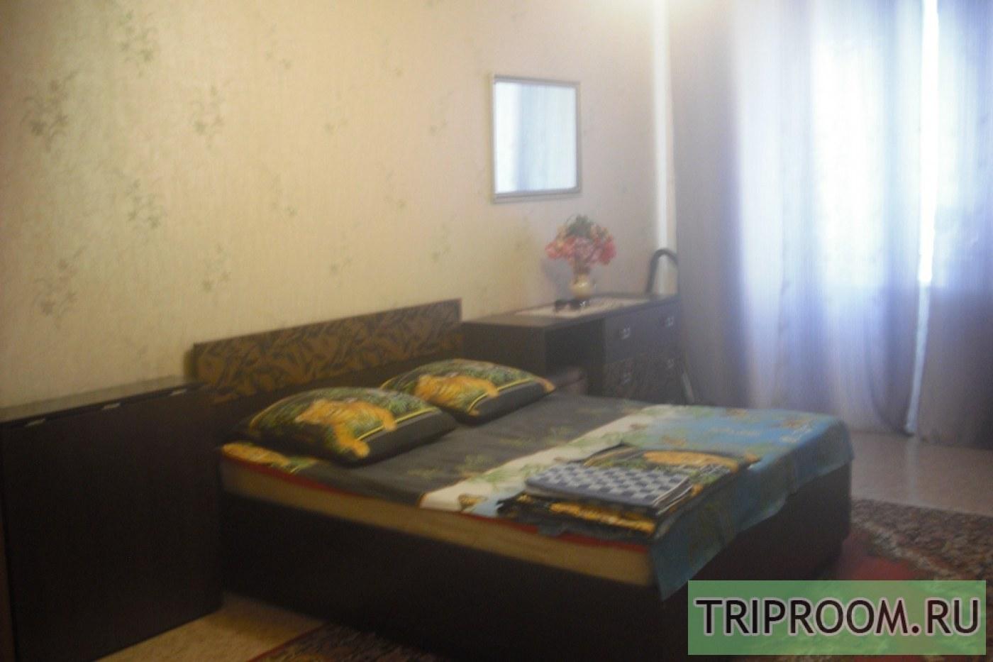 1-комнатная квартира посуточно (вариант № 39359), ул. Ивана Черных улица, фото № 2
