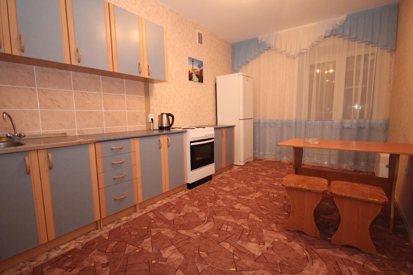 1-комнатная квартира посуточно (вариант № 1408), ул. 60 Армии улица, фото № 3