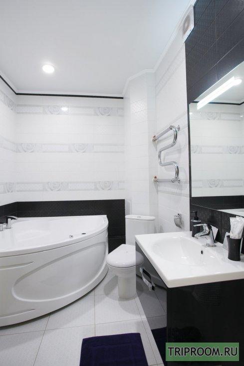 2-комнатная квартира посуточно (вариант № 59400), ул. Академика Киренского улица, фото № 15