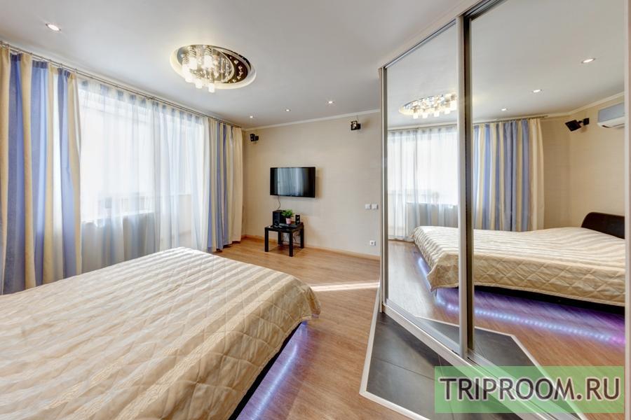 1-комнатная квартира посуточно (вариант № 208), ул. Российская улица, фото № 2