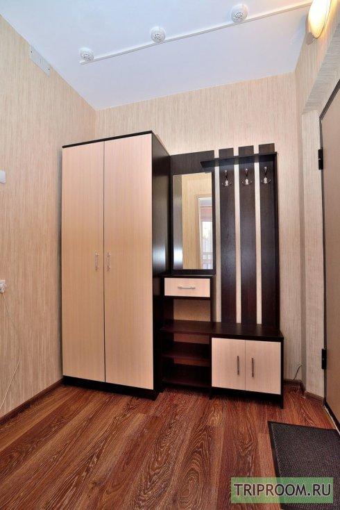 1-комнатная квартира посуточно (вариант № 38803), ул. Братьев Кашириных улица, фото № 12