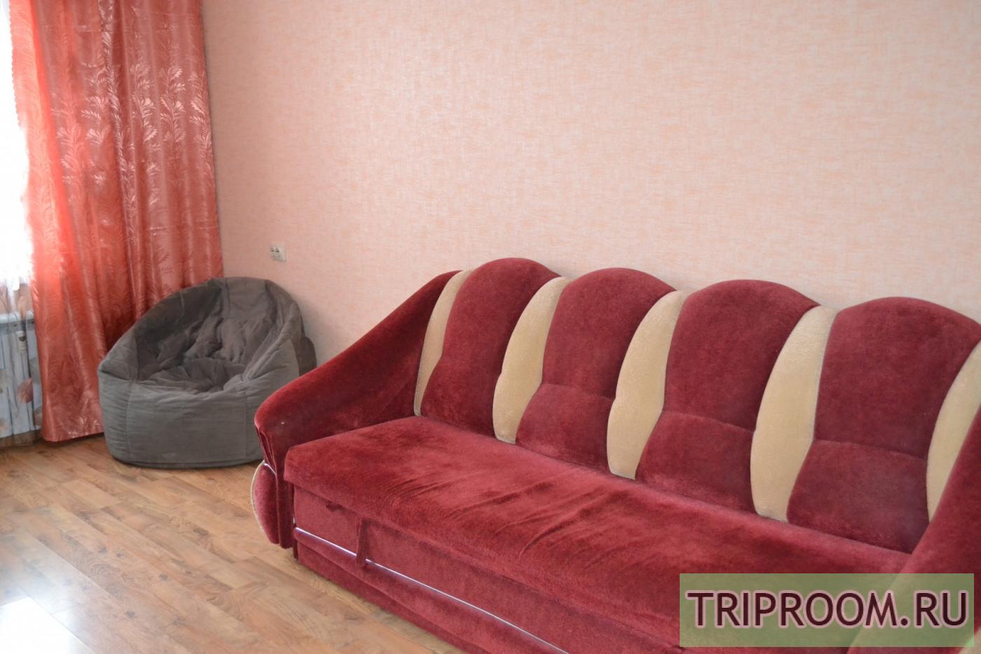 1-комнатная квартира посуточно (вариант № 10439), ул. Александра Шмакова улица, фото № 3