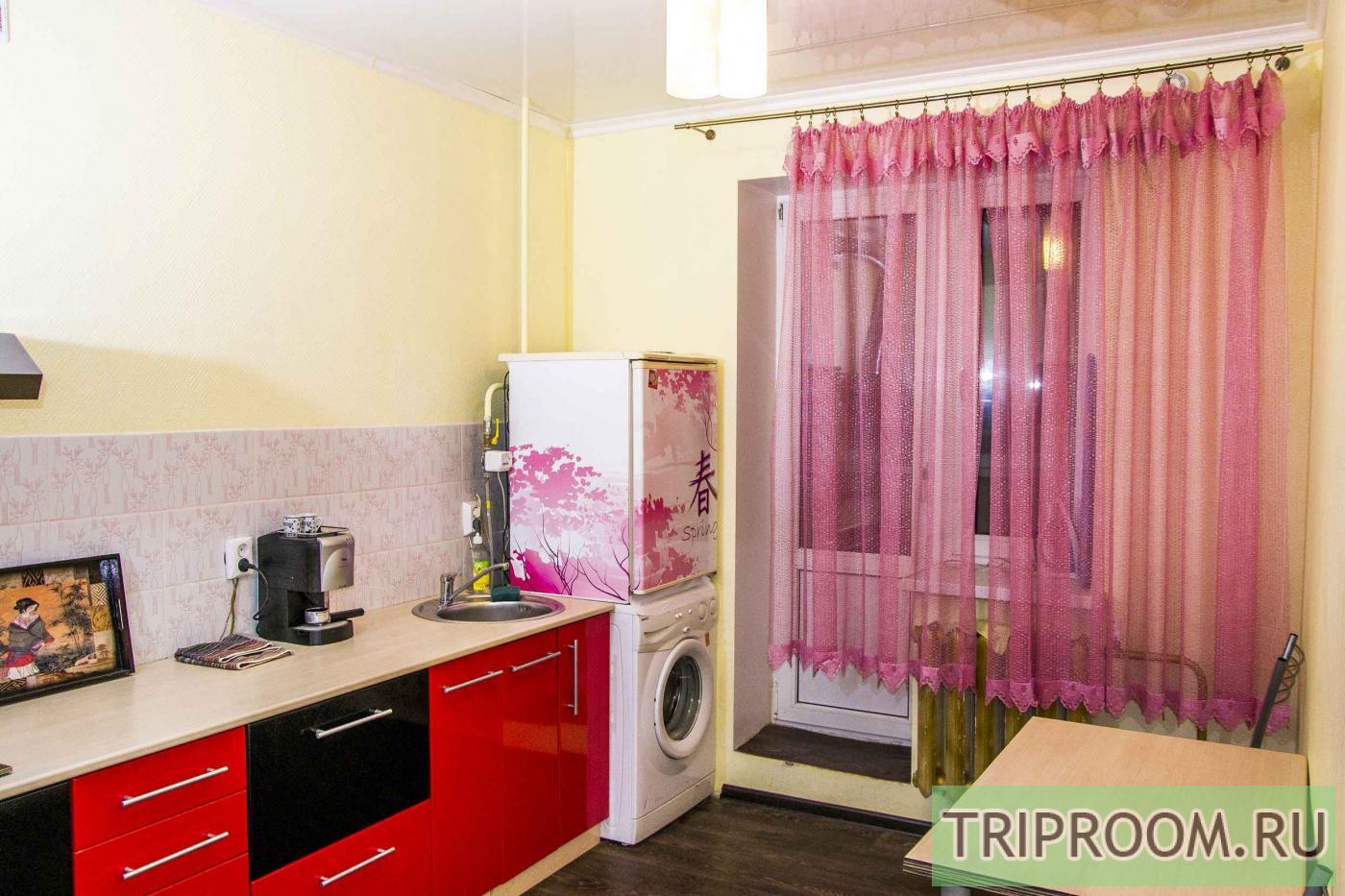 1-комнатная квартира посуточно (вариант № 14712), ул. Петра Смородина улица, фото № 8