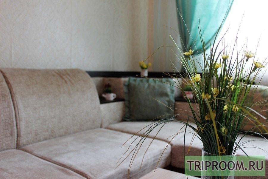 3-комнатная квартира посуточно (вариант № 61816), ул. Ивана Захарова, фото № 1