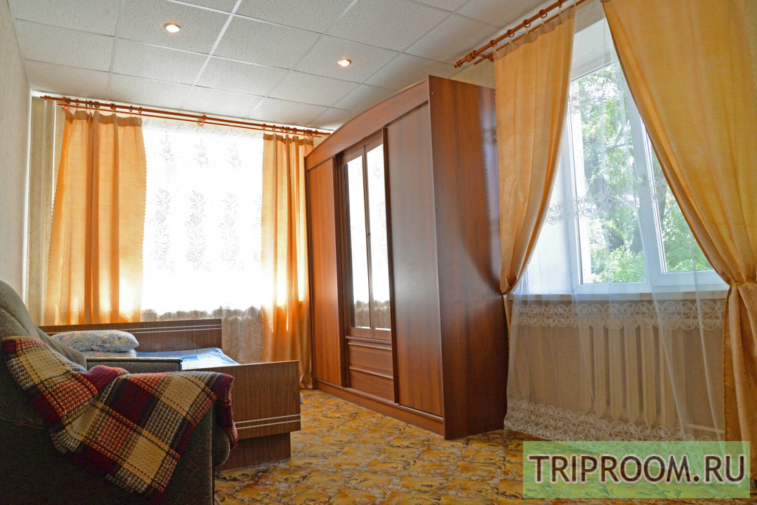1-комнатная квартира посуточно (вариант № 2600), ул. Рабоче-Крестьянская улица, фото № 1