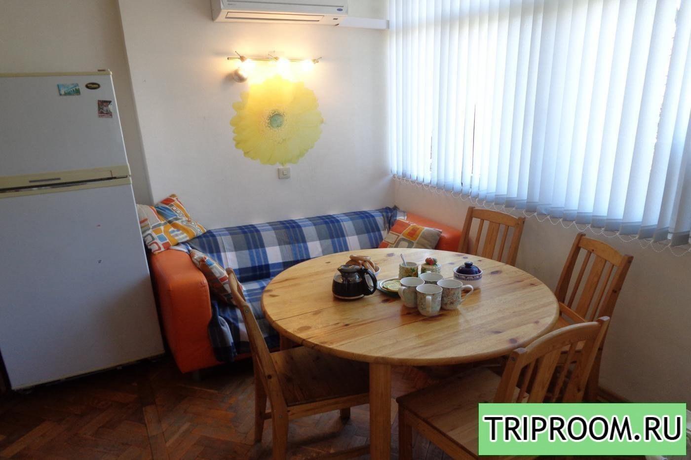 2-комнатная квартира посуточно (вариант № 6980), ул. Воровского улица, фото № 1