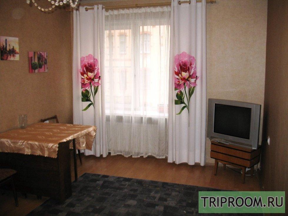 2-комнатная квартира посуточно (вариант № 65765), ул. пр. Добролюбова, фото № 1