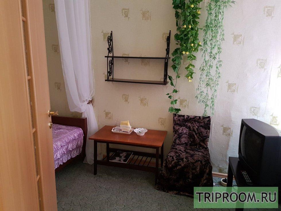 Комната в 3х-комнатной квартире посуточно (вариант № 8834), ул. Марата улица, фото № 4