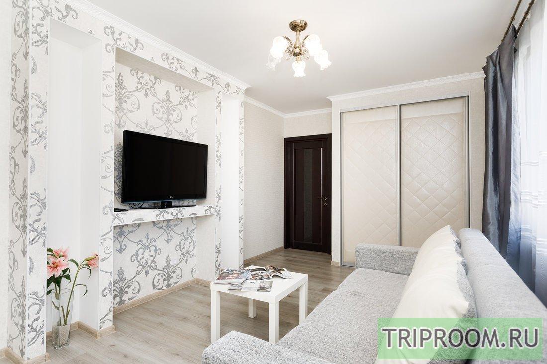 2-комнатная квартира посуточно (вариант № 56767), ул. Юмашева улица, фото № 1