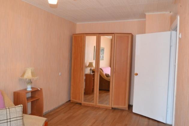 2-комнатная квартира посуточно (вариант № 3325), ул. Октябрьская улица, фото № 3