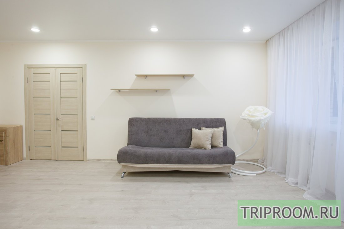 2-комнатная квартира посуточно (вариант № 59400), ул. Академика Киренского улица, фото № 7