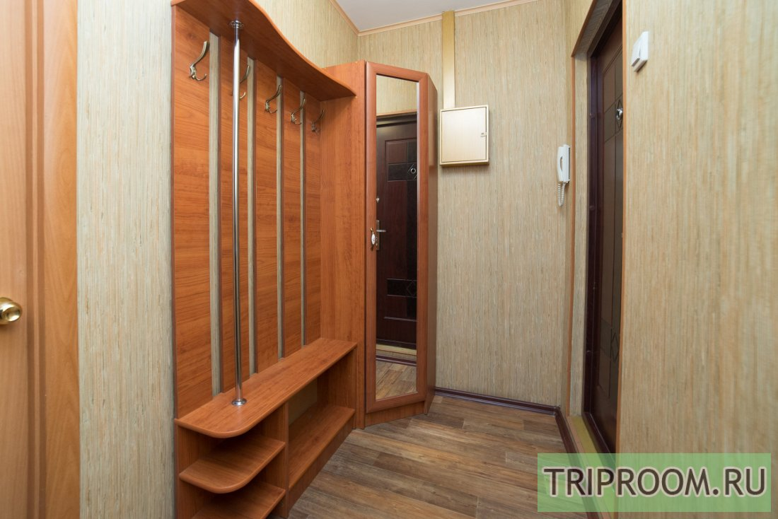 1-комнатная квартира посуточно (вариант № 6118), ул. Братьев Кашириных улица, фото № 15
