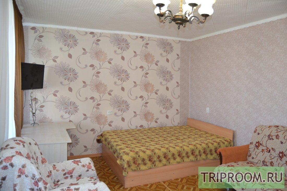1-комнатная квартира посуточно (вариант № 66216), ул. Октябрьской Революции, фото № 1