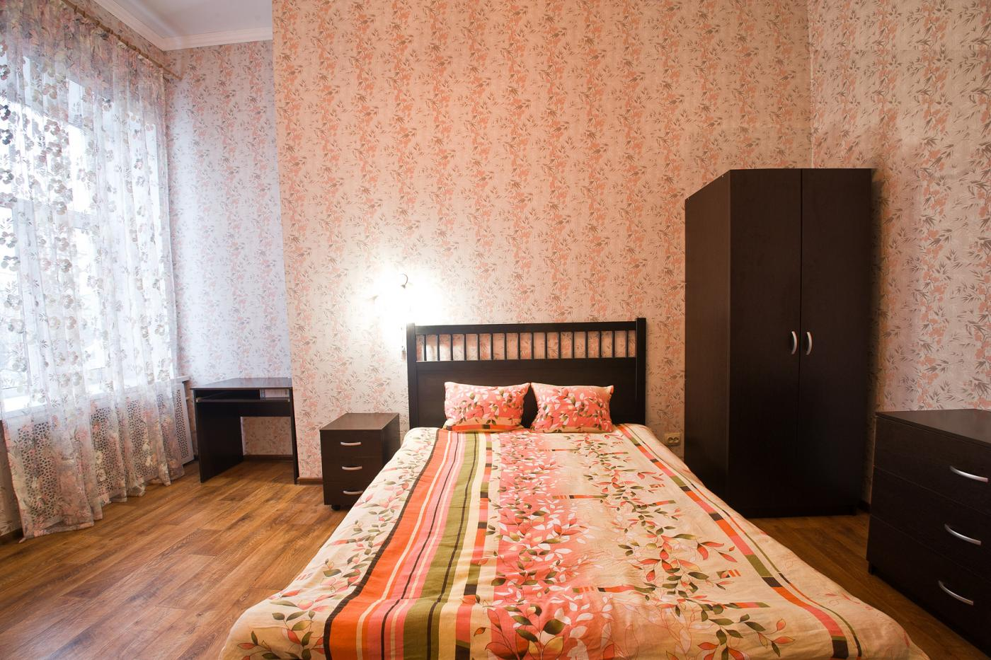 3-комнатная квартира посуточно (вариант № 1194), ул. Дзержинского улица, фото № 3