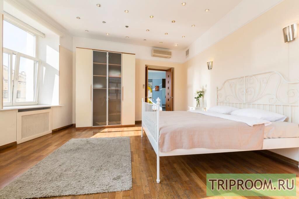 2-комнатная квартира посуточно (вариант № 68190), ул. Невский проспект, фото № 5