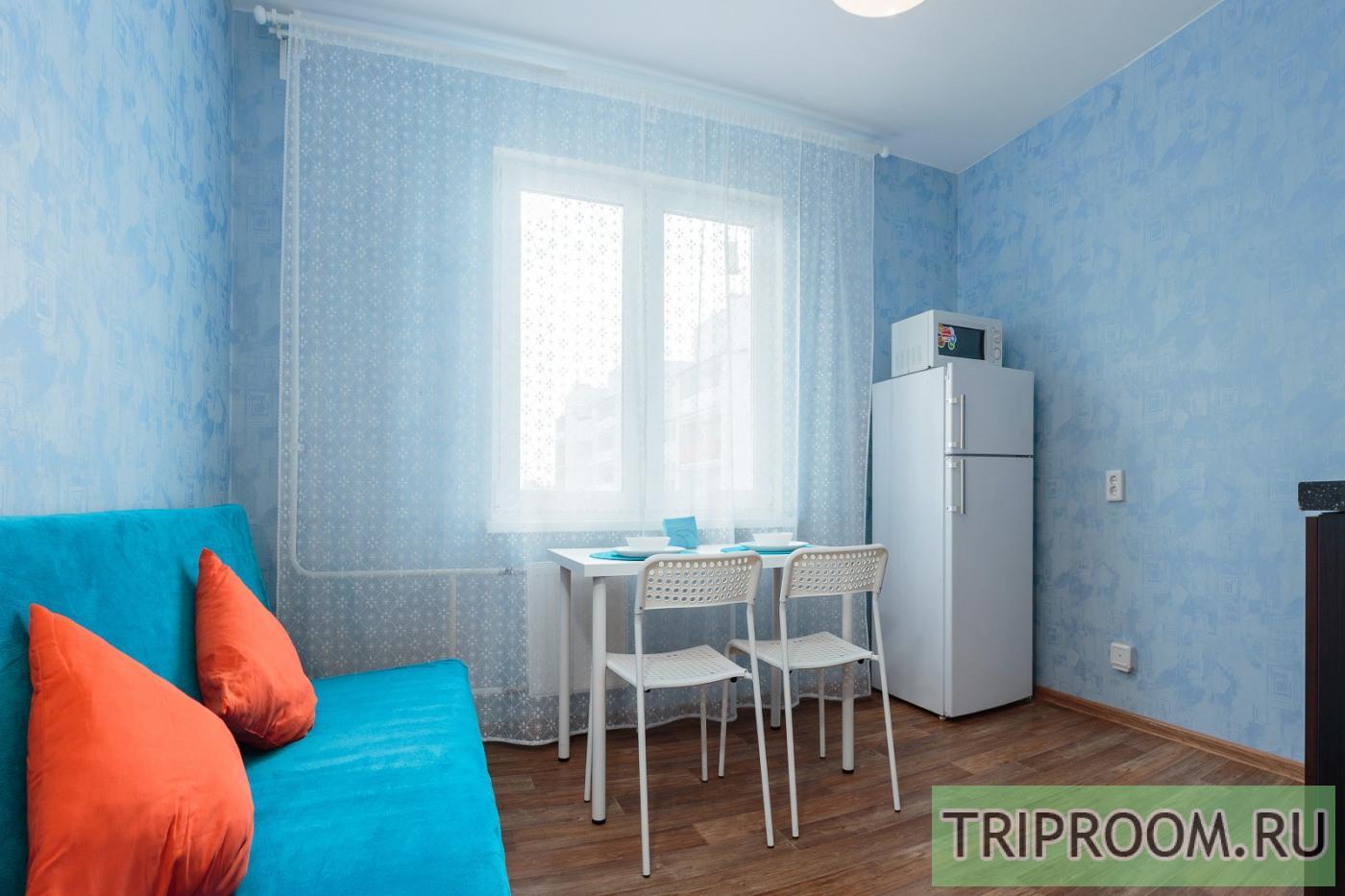 1-комнатная квартира посуточно (вариант № 16235), ул. Анатолия Мехренцева улица, фото № 8