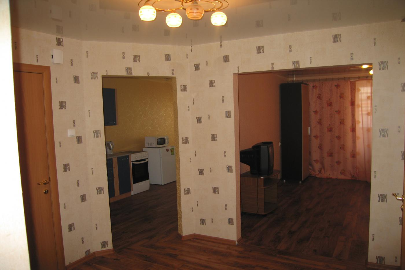 2-комнатная квартира посуточно (вариант № 2606), ул. Антонова-Овсеенко улица, фото № 3