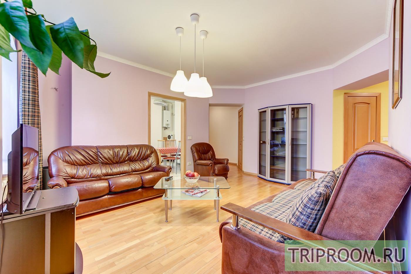 2-комнатная квартира посуточно (вариант № 20143), ул. Невский проспект, фото № 5