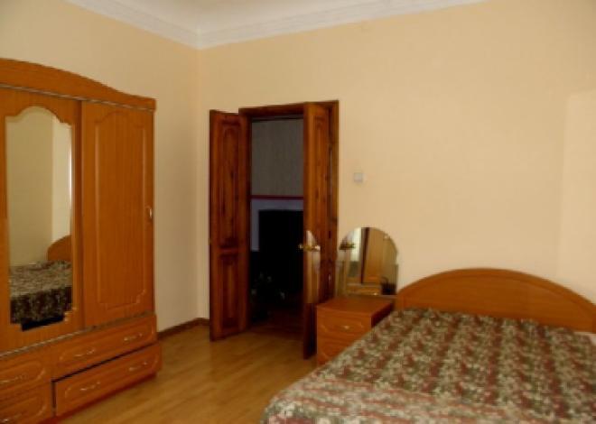 3-комнатная квартира посуточно (вариант № 171), ул. Калинина улица, фото № 5