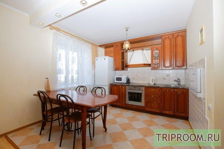 3-комнатная квартира посуточно (вариант № 45437), ул. Красноармейская улица, фото № 5