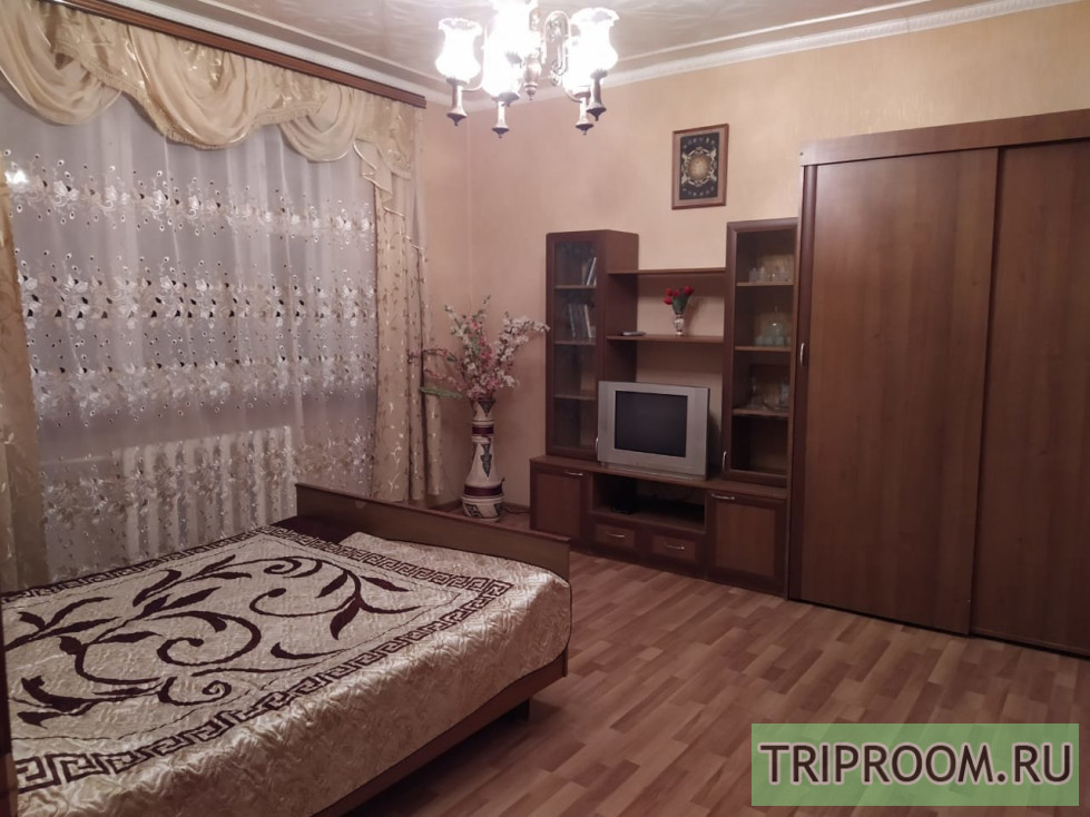 2-комнатная квартира посуточно (вариант № 2473), ул. Марата улица, фото № 1