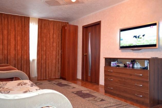 1-комнатная квартира посуточно (вариант № 1890), ул. Героев Сталинграда проспект, фото № 2