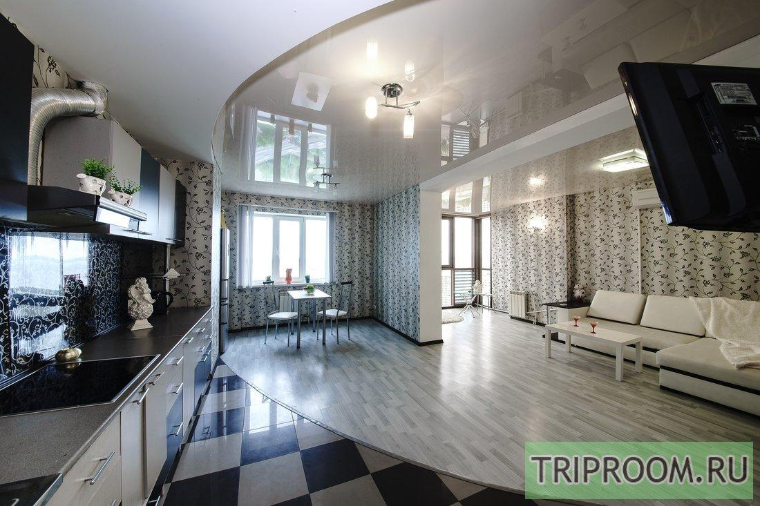 1-комнатная квартира посуточно (вариант № 53758), ул. Соколовая улица, фото № 1