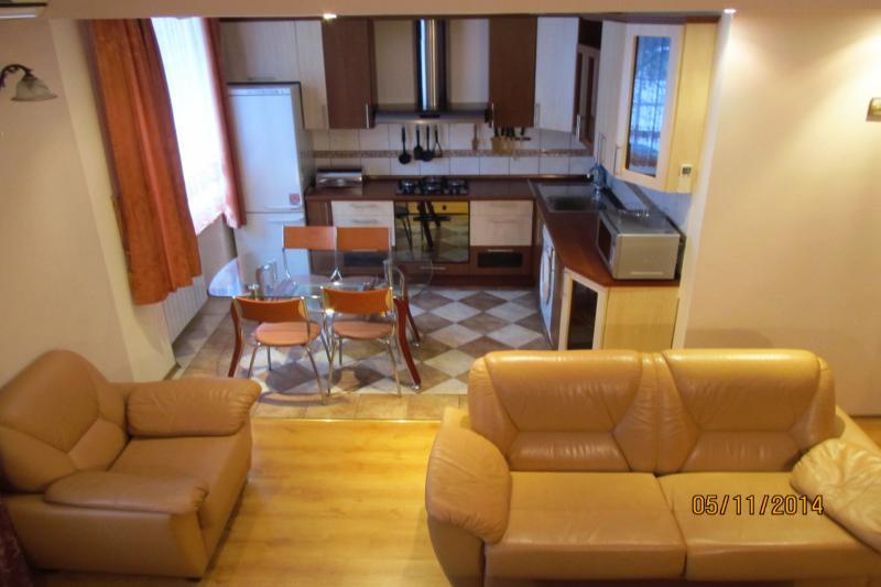 2-комнатная квартира посуточно (вариант № 437), ул. Коммунистическая улица, фото № 13