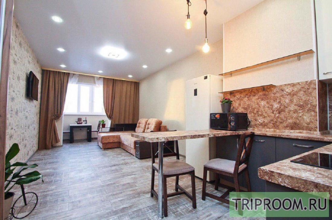 1-комнатная квартира посуточно (вариант № 70260), ул. ул. Александра Усольцева, фото № 1