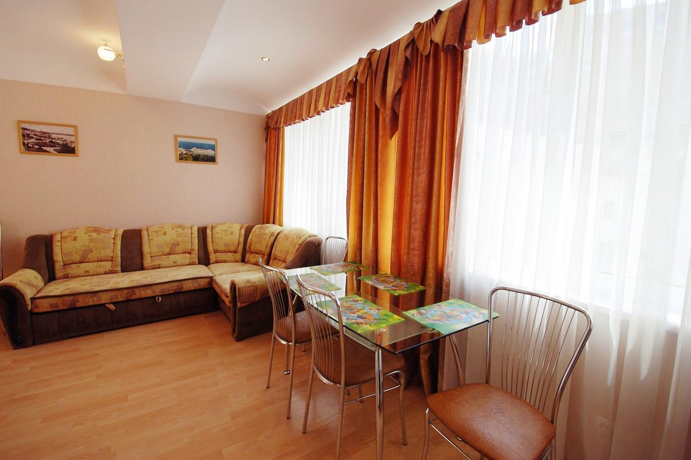 2-комнатный Коттедж посуточно (вариант № 1188), ул. Щербака улица, фото № 2