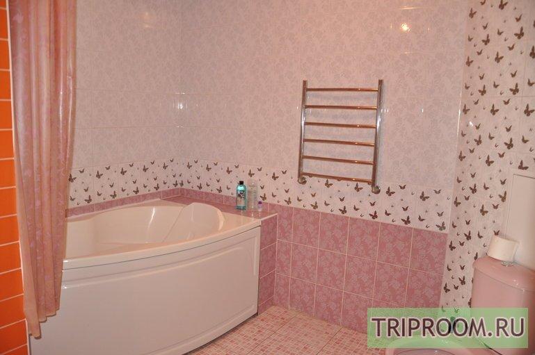 2-комнатная квартира посуточно (вариант № 42200), ул. Красноармейская улица, фото № 7