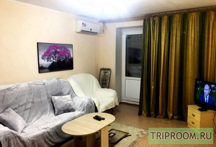 2-комнатная квартира посуточно (вариант № 46258), ул. Рокосовского улица, фото № 1