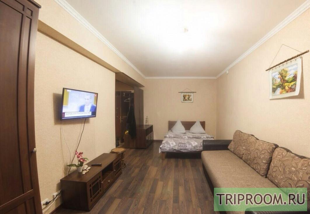 1-комнатная квартира посуточно (вариант № 70230), ул. Таватуйская, фото № 1