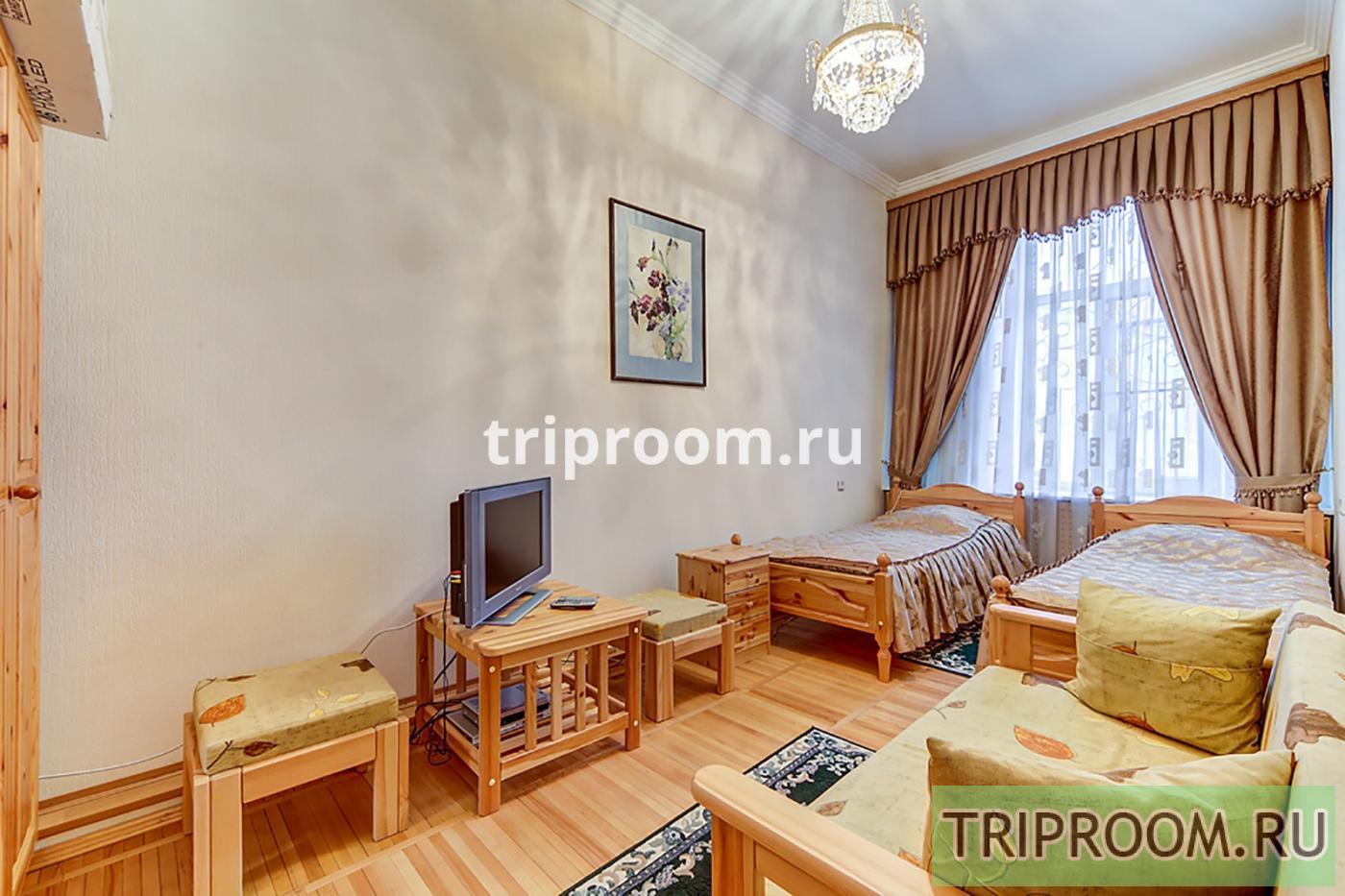 4-комнатная квартира посуточно (вариант № 20160), ул. Реки Мойки набережная, фото № 16
