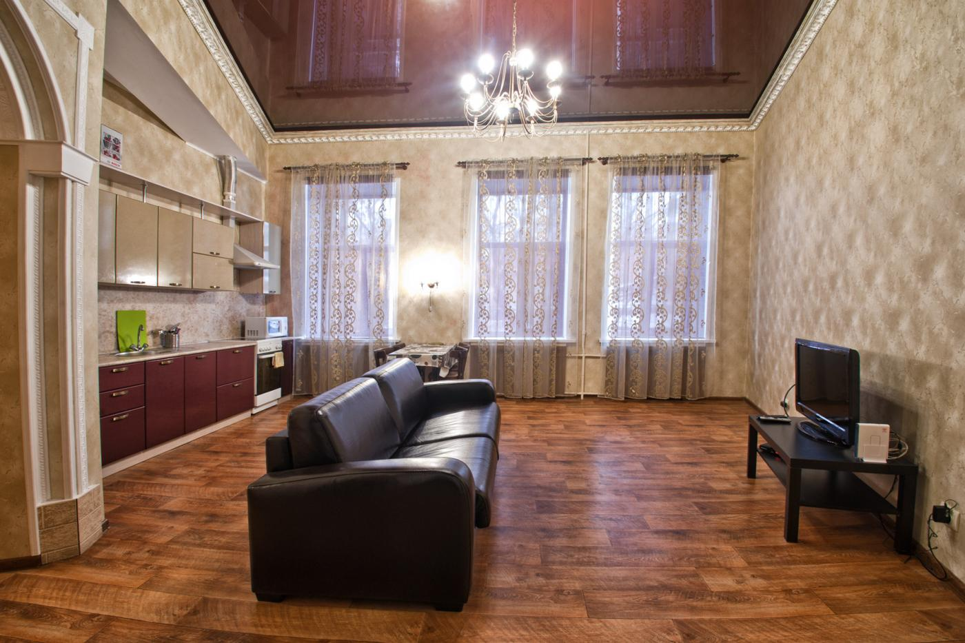 3-комнатная квартира посуточно (вариант № 1194), ул. Дзержинского улица, фото № 2
