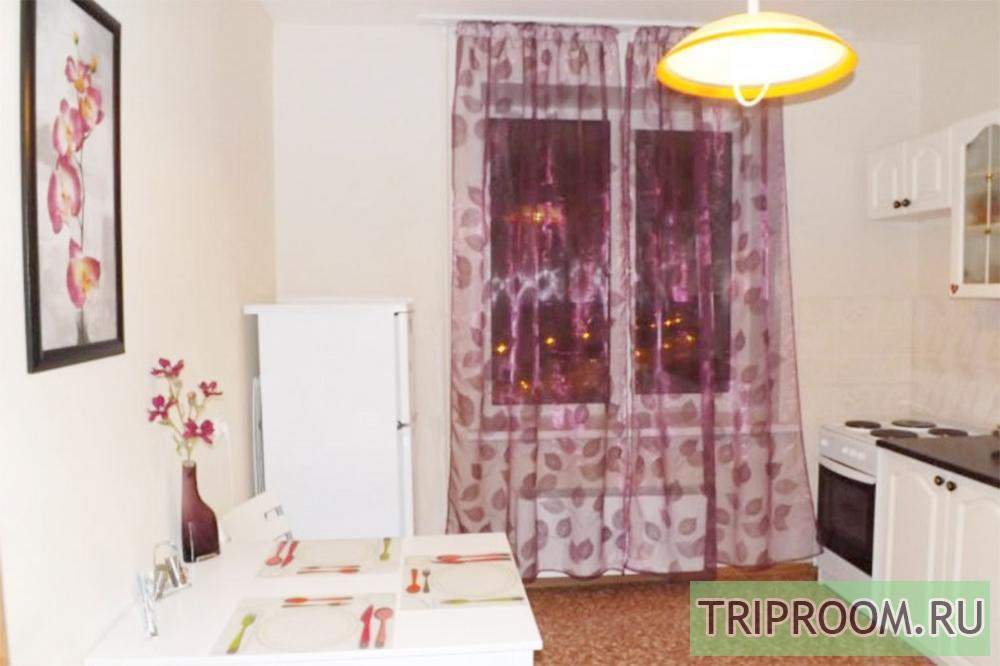 1-комнатная квартира посуточно (вариант № 33109), ул. Карпинского улица, фото № 7