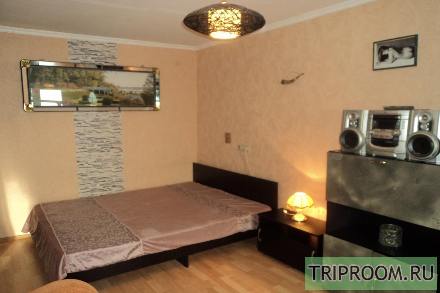 1-комнатная квартира посуточно (вариант № 5701), ул. Челюскинцев улица, фото № 1
