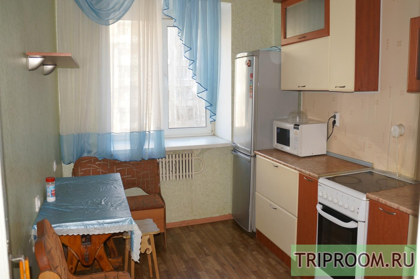 2-комнатная квартира посуточно (вариант № 4713), ул. Хользунова улица, фото № 2