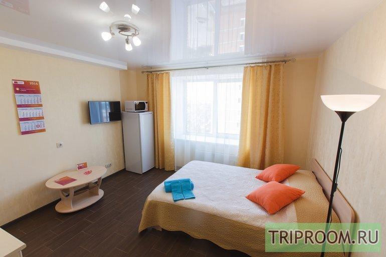 1-комнатная квартира посуточно (вариант № 40947), ул. Савиных улица, фото № 1